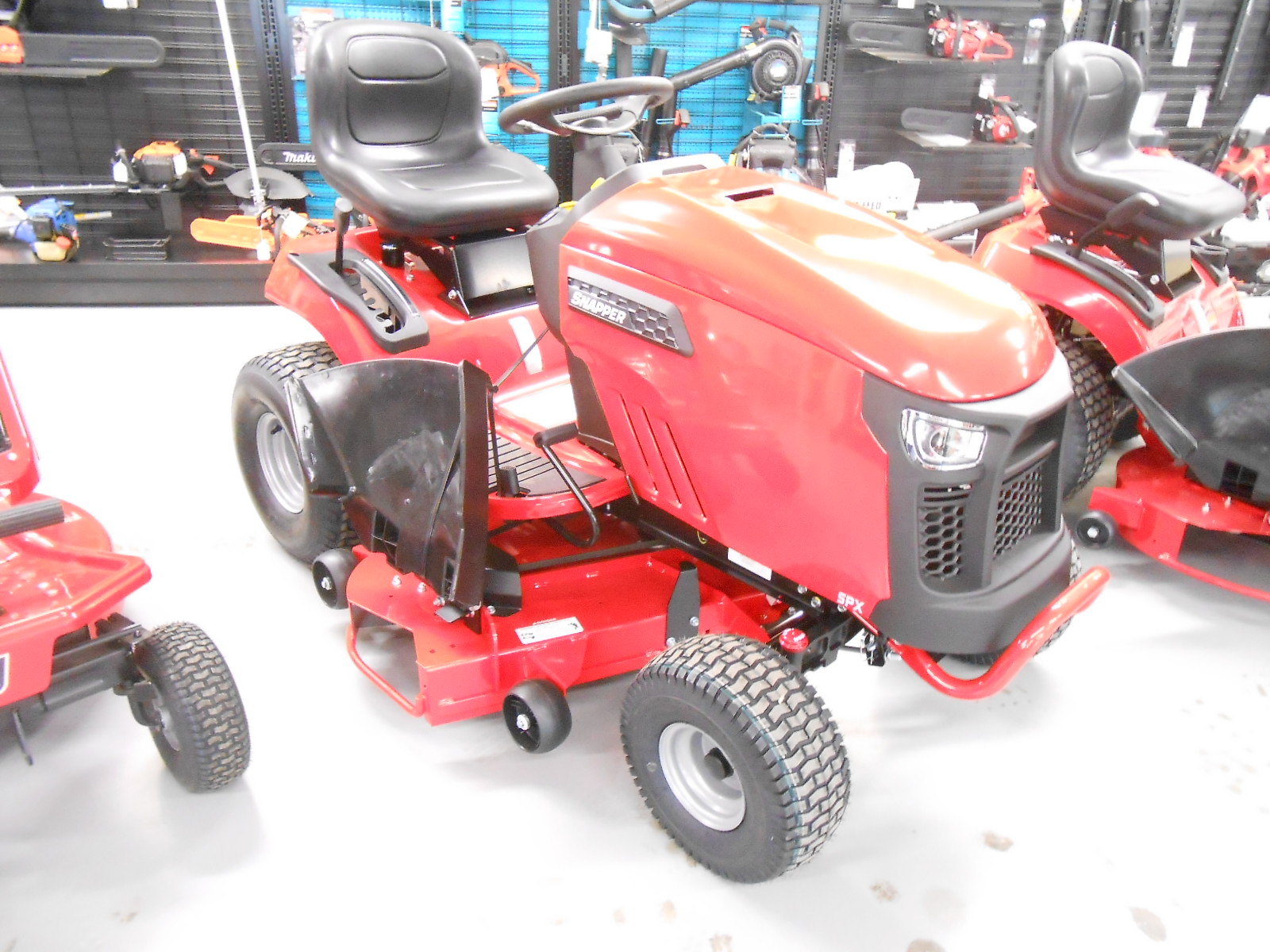 Snapper SPX Riding Tractor 42